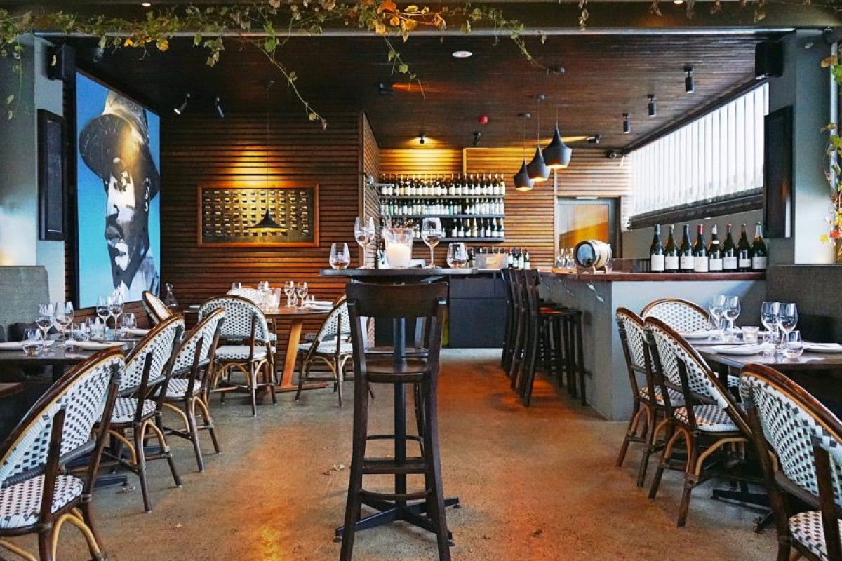 the-courtyard-space-at-bibo-wine-bar-2